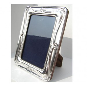 art nouveau style hallmarked silver photo frame