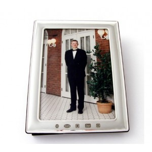 silver picture frame with feature hallmark for 6 inch x 4 inch photo